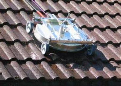 74-photo-rotary-cleaner-on-roof-tiles