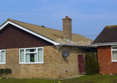 79-photo-bungalow-roof-washed-and-moss-treated